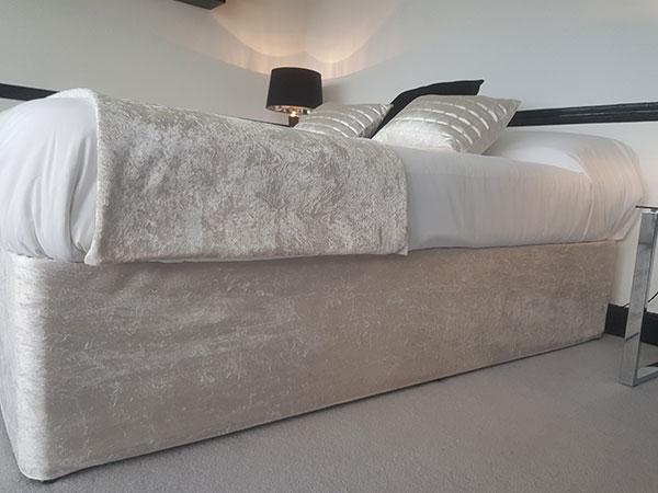 Bed-Valance-Ivory-Crush